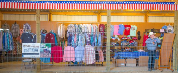 We have t-shirts, hoodies, long sleeve dress shirts, caps and kids clothing Mule Days Ralston WY